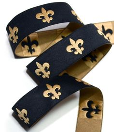 black and gold fleur de lis ribbon