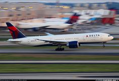 Photos: Boeing 777-232/LR Aircraft Pictures   Airliners.net