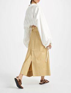 Sateen Shirting Sini Blouse in White Resort Casual Wear, Resort Wear, Joseph Fashion, Street Look, White Beige, Kids Fashion, Womens Fashion, White Shirts, Fashion Details
