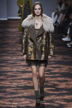 See the Etro autumn/winter 2016 collection. Click through for full gallery at vogue.co.uk