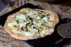 Mushroom and Chicken White Pizza | My Cooking Spot - When Girl Meets Kitchen