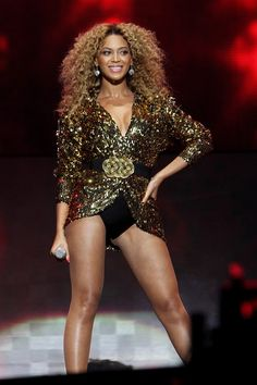 Beyonce at Glastonbury 2011