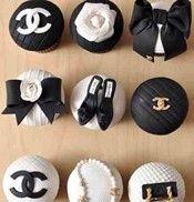 Chanel cupcakes...so fab///www.annmeyersignatureevents.com