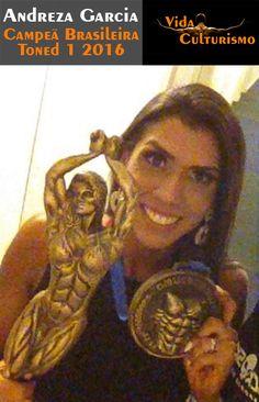 E foi com muita energia positiva que a Andreza se tornou Campeã Brasileira Toned1 #vidaculturismo #toned