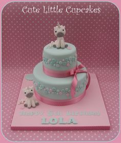 Cute Unicorn Cake in pale pink & turquoise.