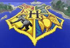 Jess' marvellous rendition of the Hogwarts crest.
