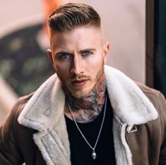 And great haircuts in particular Medium Beard Styles, Hair And Beard Styles, Hair Styles, Bearded Tattooed Men, Bearded Men, Hot Guys Tattoos, Face Tattoos, Beard Tattoo, Tattoo Man