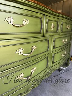 Learn how to apply this game changing finish called powder glaze Cute Furniture, Country Furniture, Distressed Furniture, Refurbished Furniture, Upcycled Furniture, Home Decor Furniture, Furniture Projects, Furniture Making, Furniture Makeover