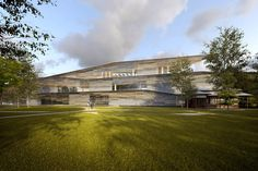 "Kengo Kuma won the the competition ""Albert Kahn - Musée et Jardins"". 
