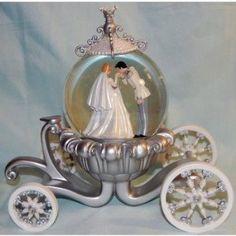 Disney Cinderella Wedding Snowglobe.   A Special Keepsake For The Bride.