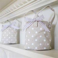 Linen tea lights