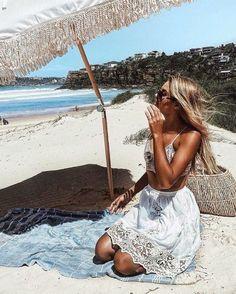 cute beach look - Beach Bikini The Beach, Beach Look, Summer Beach, Beach Pics, Summer Of Love, Summer Fun, Spring Summer, Summer Street, Summer Body