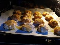 Sárgarépa-fasírt 🐰   Ágnes Bakos receptje - Cookpad receptek Falafel, Muffin, Appetizers, Breakfast, Ethnic Recipes, Food, Morning Coffee, Appetizer, Essen