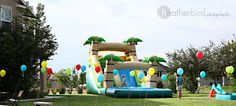 Use golf tees tied to balloons to decorate your yard and spread out all the balloon fun.