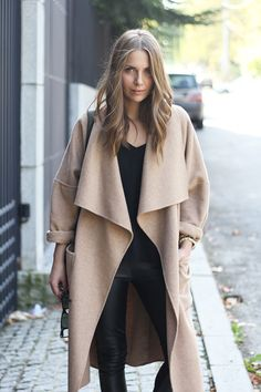 Fall fashion | Poncho-like coat