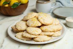Soft Lemon Cream Cheese Cookies With Icing Cookie Icing, Cookie Dough, Cookie Desserts, Dessert Recipes, Cream Cheese Cookie Recipe, Lemon Icing, Lemon Cream, Vegetarian Cheese, Yummy Treats