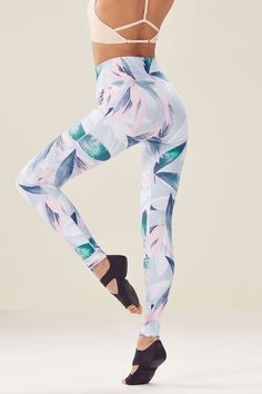 77385721496 High-Waisted Printed PowerHold Legging in Tropicales Print  Available on  Fabletics