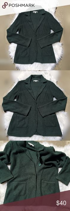CAbi knit forest green blazer with shoulder pads Item: CAbi knit blazer with shoulder pads Color: forest green see pic Size: small Condition: Preloved in good condition. Knit blazer with shoulder pads. Has two pockets in the front. Buttons are working great. Questions? Offers? No trades. CAbi Jackets & Coats Blazers