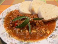 Prezidentský guláš New Recipes, Recipies, Soups And Stews, Thai Red Curry, Ethnic Recipes, Food, Red Peppers, Recipes, Eten