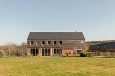Remarkable modern house for sale in Bragenham, Buckinghamshire