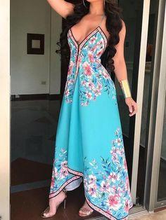 Shop Floral Print Halter Backless Irregular Maxi Dress – Discover sexy women fashion at IVRose Romper Dress, Boho Dress, Dress Skirt, Bodycon Dress, Trend Fashion, Look Fashion, Womens Fashion, Fashion Design, Ladies Fashion