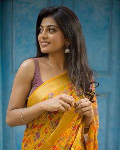 Beautiful Girl Indian, Most Beautiful Indian Actress, Beautiful Girl Image, Beautiful Actresses, South Indian Actress Photo, Indian Actress Photos, Actress Pics, Tamil Actress, Indian Actresses