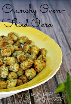 the meantime, add the wet okra a little at a time to the bag and shake until coated. If needed, you may add additional cornmeal and panko breadcrumbs -- if the okra isn't coated as much as you like. Carefully add the okra to the hot baking sheet. Healthy Recipes, Side Dish Recipes, Vegetarian Recipes, Cooking Recipes, Oven Recipes, Cooking Okra, Vegetarian Cooking, Easy Cooking, Vegetarian Barbecue