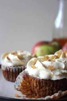 Ginger, Spice and all things nice eggless cupcakes