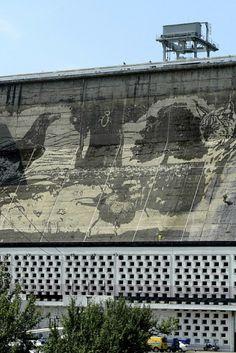 Mural na zaporze wodnej w Solinie. http://www.tvn24.pl/zdjecia/mural-na-zaporze,46645,lista.html