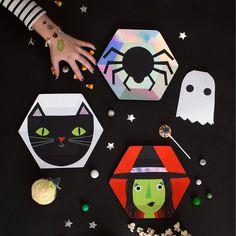 #Friday #frightnight 🕷 #createthelook shop #Halloween #party #merimeriparty #OPBCo www.theoriginalpartybagcompany.co.uk 🎃 #stylish #fun #partyware