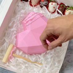 Hot Chocolate Gifts, Chocolate Covered Treats, Chocolate Hearts, Chocolate Desserts, Chocolate Pinata, Buzzfeed Food Videos, Buzzfeed Tasty, Diy Birthday, Birthday Gifts