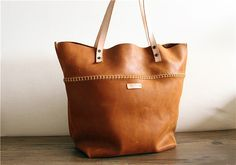 Sew waxed thread, Cow Leather tote,Leather Straps,hobo bag,personalized,Hand stitched ,Shoulder Bag,Messenger bag