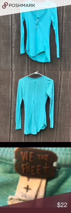 "Free People Long Sleeved Tee Size Small Lightweight long sleeved Tee. Measures 14"" shoulder to shoulder,  15.5"" armpit to armpit, and 12.25"" across the waist. Perfect for layering! Free People Tops Tees - Long Sleeve"