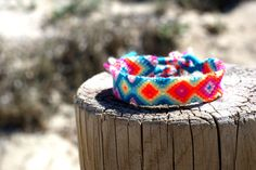 Friendship Bracelet. Neon Splash. от makunaima на Etsy