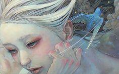 Miho Hirano es una artista japonesa que realiza retratos de mujeres rodeadas de una atmósfera idílica y mágica. Decora sus obras, con predo...