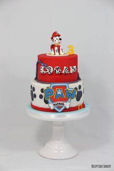 Paw Patrol taart   De bovenste taart is gevuld met hele lekkere stracciatella crème en de onderste taart met mango crème.  Gefeliciteerd met je verjaardag Logan!  Http://bakery.receptidee.nl  #pawpatrol #marshall #verjaardag #taart #cakedecoration #fondant #mangocreme #stracciatellacreme #vanillecake #wittechocoladeganache
