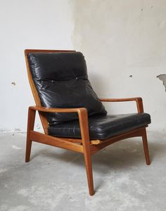 Mid-Century Lounge Chair & Ottomane by Arne Wahl Iversen for Komfort 5