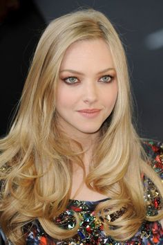 Amanda Seyfried Pictures - Rotten Tomatoes