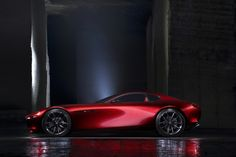 Mazda presents the RX-Vision Concept sports car with a new rotary engine, at the 2015 Tokyo Motor Show. Mazda RX-Vision Concept is powered by a next-generation… Volkswagen Polo, Honda Crv, Automotive News, Automotive Design, Auto Design, Design Cars, Audi A4, Subaru, Los Cars