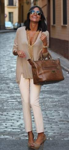 European style personality exudes simplicity and elegance - city chic - the ultimate sophistication!