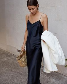Aussie summer calls for a black slip and not much else Red Silk Dress Looks You Need To Try This Valentine's Day Slip Dress Outfit, Black Slip Dress, Slip Dresses, Silk Dress, Prom Dresses, Black Women Fashion, Womens Fashion, Cheap Fashion, Fashion Trends