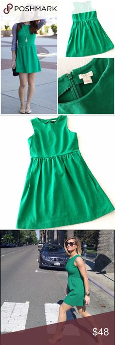 j.crew daybreak dress The perfect go-everywhere dress in Kelly green. Cotton/spandex blend, fitted at the waist, falls above the knee, back zip, side seam pockets, machine wash. No flaws to note, in very gently worn condition. J. Crew Dresses