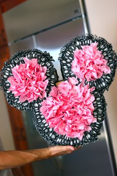 DIY Pinata for Minnie Mouse party! Minnie Mouse Theme Party, Mickey Mouse Bday, Minnie Birthday, Mickey Party, 3rd Birthday Parties, Mouse Parties, 2nd Birthday, Birthday Ideas, Birthday Stuff