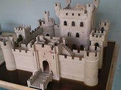 Castle for figures Model Castle, Toy Castle, Fantasy City, Fantasy Castle, Minecraft Castle, Minecraft Buildings, Medieval Castle Layout, Castle Project, Bg Design