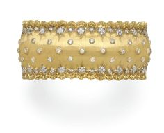 A DIAMOND AND GOLD BRACELET, BY BUCCELLATI