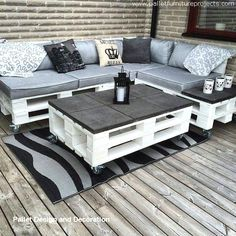 # Furniture # Pallets # Pallet Wood # Chairs # Pallet Furniture # Furniture # Pallets # Pallet Wood # Chairs # Pallet Furniture DIY Outdoor Cat Lounge - I have to do this for Pallet Garden Furniture, Diy Outdoor Furniture, Furniture Projects, Furniture Makeover, Home Furniture, Furniture Design, Wooden Furniture, Furniture Layout, Garden Pallet