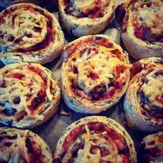 Stefanies univers : Pizzasnegle med grovmel og spinat (med mel)...