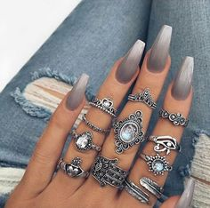 Imagem de nails, rings, and beauty