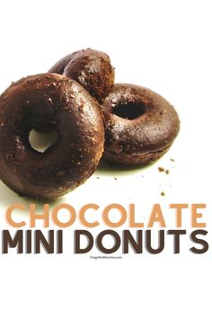 Chocolate Mini Donuts recipe made in your mini donut maker. Easy, quick recipe, perfect for kids to make. #minidonuts # chocolatedonuts Best Mini Donut Recipe, Mini Donut Maker Recipes, Mini Donuts, Baked Donuts, Cake Branding, Easy To Make Desserts, Food Advertising, Chocolate Donuts, Quick Recipes