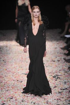Givenchy Spring 2009 Couture - Collection - Gallery - Style.com